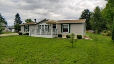 Lenawee County Single Family Home For Sale: 4095 Calvin