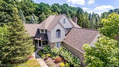 Novi Single Family Home For Sale: 21156 Wheaton Ln
