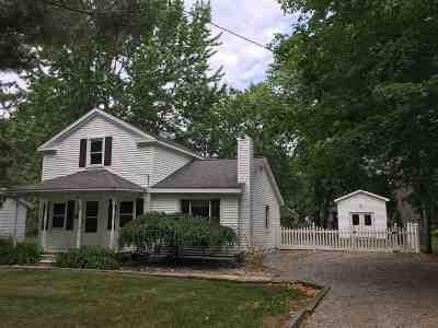 Lenawee County Single Family Home For Sale: 402 N Jackson