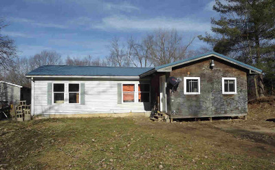 Hillsdale County Single Family Home For Sale: 3314 Pleasant Drive