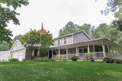 Jackson County Single Family Home Contingent - Financing: 11376 Weatherwax Dr