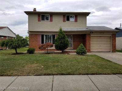 Oak Park Single Family Home For Sale: 14290 Elgin St