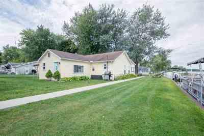Single Family Home For Sale: 10000 Devils Lake