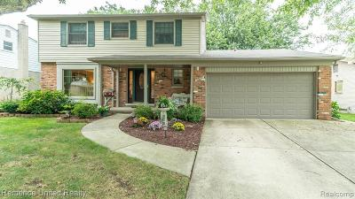 Livonia Single Family Home For Sale: 37020 Bristol St