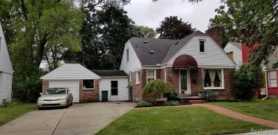 Oak Park Single Family Home For Sale: 13761 Sherwood St