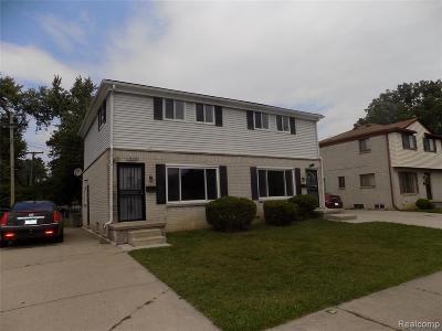 Oak Park Multi Family Home For Sale: 14220 W 9 Mile Rd