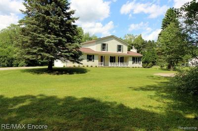 Lake Orion Single Family Home For Sale: 4360 Rose Court