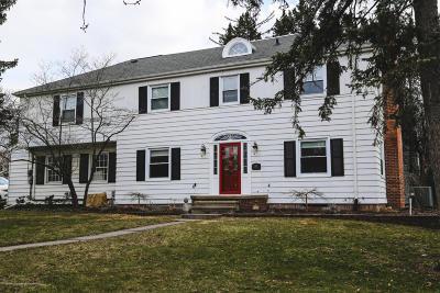 East Lansing Single Family Home For Sale: 515 Centerlawn