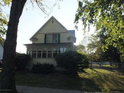 Fowler Single Family Home For Sale: 713 N Main Street