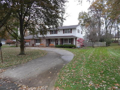 Okemos Single Family Home For Sale: 1903 Yuma Trail