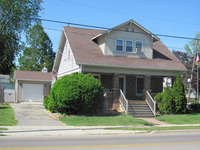 Ionia Single Family Home For Sale: 262 E Lincoln