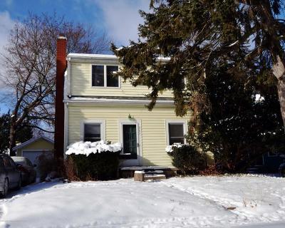 East Lansing Single Family Home For Sale: 207 Milford Street