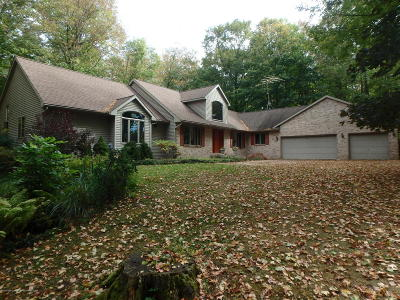 Charlotte Single Family Home For Sale: 2565 Narrow Lake Road