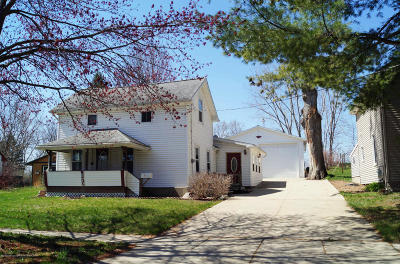 Mason Single Family Home For Sale: 872 S Barnes Street