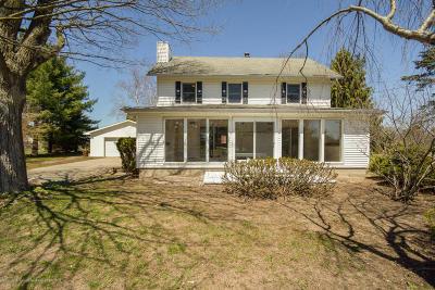 Williamston Single Family Home For Sale: 1061 E Sherwood Road