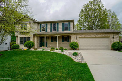Lansing Single Family Home For Sale: 5824 Cabrena Drive