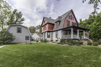 St. Johns Single Family Home For Sale: 400 S Clinton Avenue