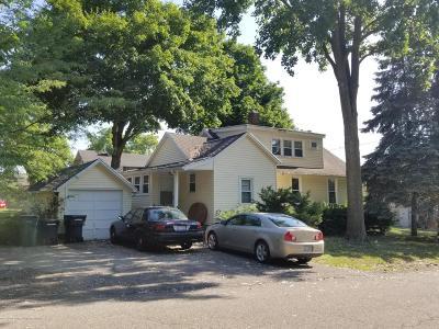 East Lansing Single Family Home For Sale: 646 N Hagadorn Road