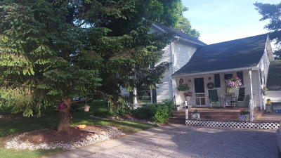 Grand Ledge Single Family Home Active Backup: 440 Booth Street