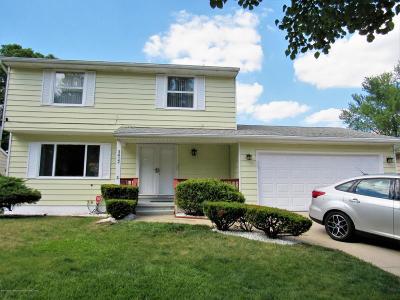 Lansing Single Family Home For Sale: 3412 Penrose Drive