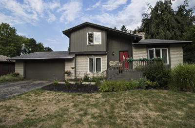 Okemos Single Family Home For Sale: 4418 Calgary