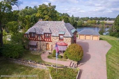 Lansing Single Family Home For Sale: 1510 Moores River Drive