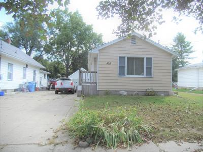 Lansing Single Family Home For Sale: 538 Emily Avenue