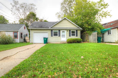 Lansing Single Family Home For Sale: 4914 Starr Avenue