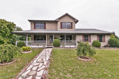 Lansing Single Family Home For Sale: 2600 Ayrshire Drive