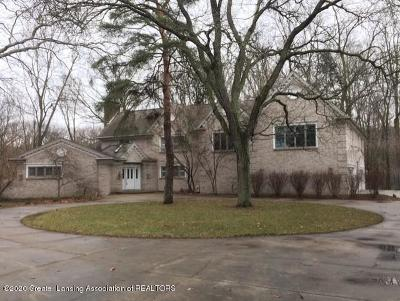 Okemos Single Family Home For Sale: 2072 Riverwood Drive