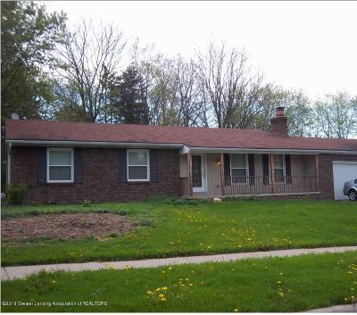 East Lansing Single Family Home For Sale: 5838 Smithfield