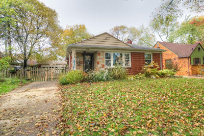 East Lansing Single Family Home For Sale: 515 E Durand Street