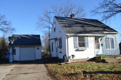 Lansing Single Family Home For Sale: 2105 S Rundle Avenue