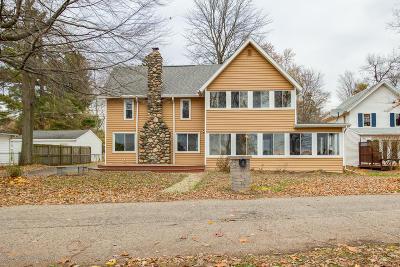 Haslett Single Family Home For Sale: 6385 W Reynolds Road
