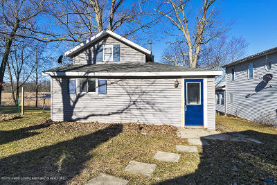 East Lansing Single Family Home For Sale: 15872 Short Street