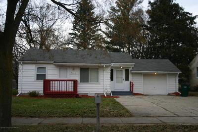 Lansing Single Family Home For Sale: 2120 W Miller Road