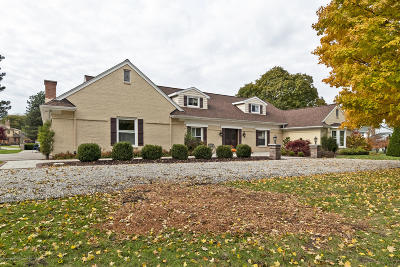 Lansing Single Family Home For Sale: 4247 Barton Road