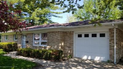 Grand Ledge Single Family Home For Sale: 709 Edwards Street