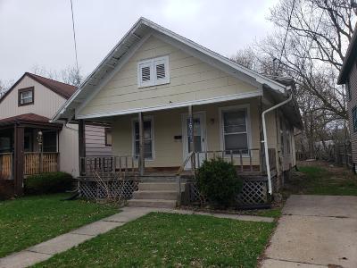 Lansing Single Family Home For Sale: 1606 Herbert Street