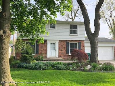 Lansing Single Family Home For Sale: 2415 Heights Avenue