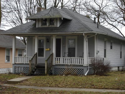 Lansing Single Family Home For Sale: 1817 Coleman Avenue
