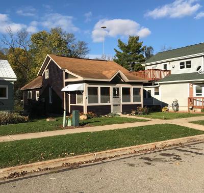 Portland Single Family Home For Sale: 420 Canal Street