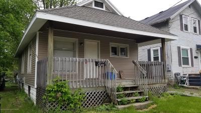 Lansing Single Family Home For Sale: 1205 E Oakland Avenue