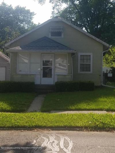 Lansing Single Family Home For Sale: 1107 S Holmes Street