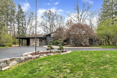 Okemos Single Family Home For Sale: 4702 Huron Hill Drive
