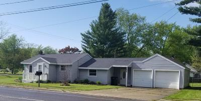 Lansing Single Family Home For Sale: 836 W Willoughby Road