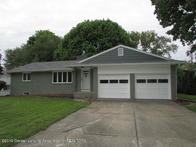 East Lansing Single Family Home For Sale: 223 Loree Drive