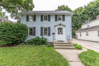 East Lansing Single Family Home For Sale: 420 Bailey Street
