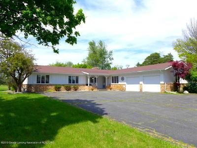 Grand Ledge Single Family Home For Sale: 5747 E St. Joe