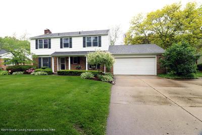 Lansing Single Family Home For Sale: 2800 N Cambridge Road
